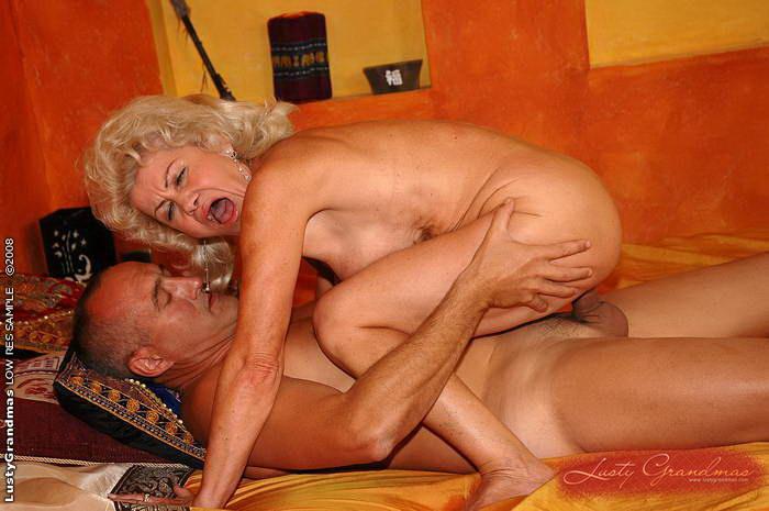Очень старые старушки в порно, смотреть порно подруги кричат