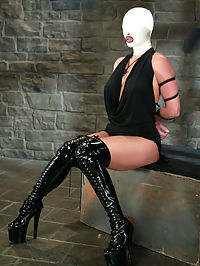 Starring Venus, Mark Davis women and anal sex : Wearing a latex hood that restricts breathing and eliminates vision, Venuss remaining senses are heightened as Mark Davis Dominates her. She is also tied in positions that leave her exposed for punishment and sex. A couple orgasms, squirting women and anal sex makes Venus a satisfied submissive.