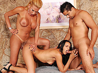 Tranny Introduction Leads To Threesome