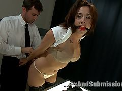 Airport Security : Sexy Chanel Preston is stopped at an airport security line when they notice something suspicious in her bag. To avoid embarrassment in public from what they will find, she opts for a private screening. When sex toys are found, security officer James Deen takes advantage of her in a locked room. Watch Chanel Preston get humiliated, tied up, dominated and fucked in the ass!