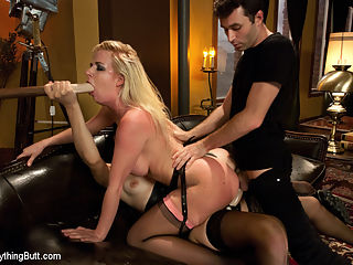 Stretching Anitas Hole : Anita Blue shows up with some concern about how much she can actually take. However, in no time, Bobbi Starr is spanking her ass hard and giving her a good flogging and Anita is loving it! With a little help from some glass and rubber anal toys, Anitas butt hole stretches out nicely. James Deen arrives and fucks her gaping asshole and then she is double penetrated!