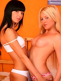 FFM teen 3some : 2 Hot teen girls fuck one very lucky guys
