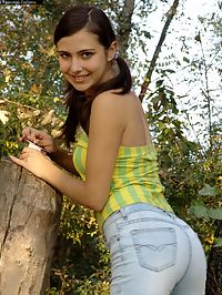 Hot Russian teen gets naked in the woods