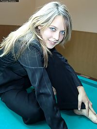 Russian babe gets naked on a snooker table