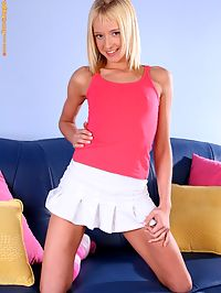 Hanna - Pink Passions : Slim blonde strips spreads and dildos her tight pink quim