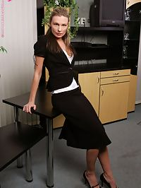 Barbara - On The Job : Naughty secretary nudes and works dildo into slick snatch