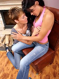 Crecy and Melissa : Enticing lesbians lovingly kiss and have fun with strapon
