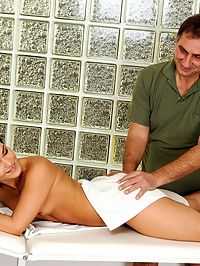 Sandra Rodriguezs masseur was a much older man