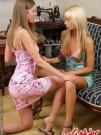 Young Russian Leona and Kelly are dildoing each