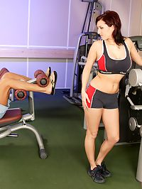 Hot chick hardcore loves anal fucking in the fitness room
