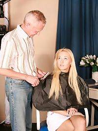 Babe riding a senior hairdresser his big experienced rod