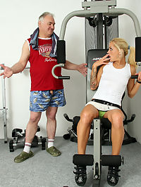 Blonde sweetheart screwing a dude hard at the local gym