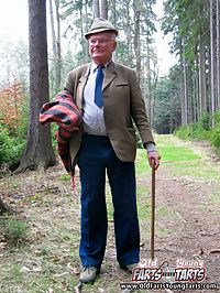 Teenage girlie reanimates a horny grandfather in a forest
