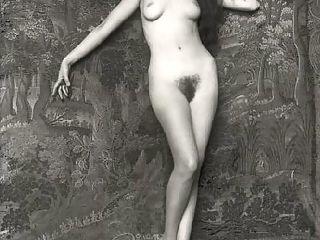 Beautiful sexy vintage women posing nude in the thirties