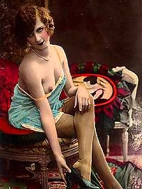 Real vintage naked girls on very classic paintings pictures