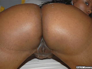 This juicy big bootied ebony babe got her mans mind blown