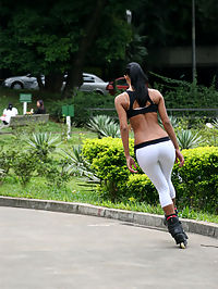 Hot brazillian babe catches a hot facial after she goes rollerbladign