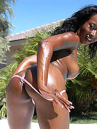 Super fine black babe gets jizz all over her awesome ass