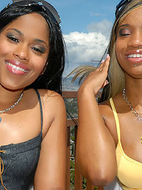 These 2 sexy ebony mammas get those teenie bikinis rippd right off of their fine asses in tehse hot pics