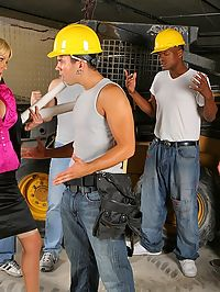 Super hot big tits babe sucks on the construction workers cock in these on site fucking pics