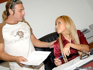 Super blonde latina yeni gets her hair pulled doggy style