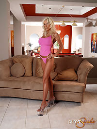 Puma Swede shows off pink : Puma Swede in pink and showing off all of her pink