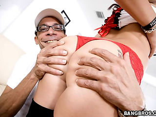 Ramon fucks her crazy all over his place, legs up, bent down on the ground, standing up, sitting on his cock, the whole nine. Alexa Jordan gets a taste full of the monster and leaves a very satisfied