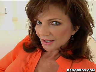 After being fucked and getting all wet, the milf Deauxma decide to continue the touching in the shower.