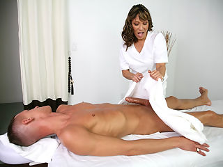 hot therapist!!!
