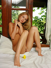 SONYA CCHAIKNIA by VORONIN : Sonya has great breasts with expressive nipples , blonde hair and comfortable in her nakedness.