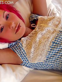 Pink haired princess Elaine in a checkered top caressing her nice, small tits
