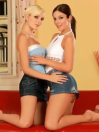 Debbie and Bianka - Gorgeous girls pleasure all holes