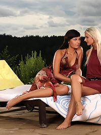 Anetta and Carie - Dazzling beauties make love outside