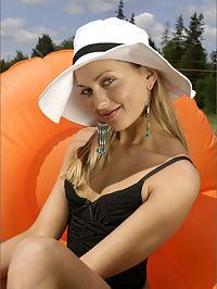Lilya Sunshine