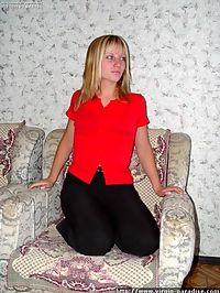 Young amateur virgin blonde playing a pornstar