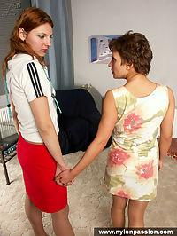 Pantyhose girls turn on of pantyhose