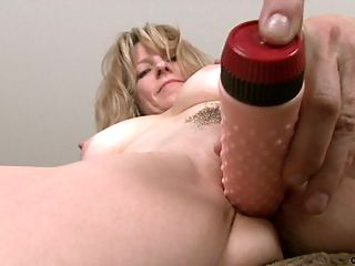 Classy Anilos milf masturbates with a vibrator