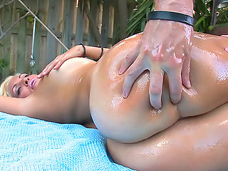 So today we have the pleasure of bringing you Jazmyn, this latina is smoking hot, huge natural tits, with a big juicy ass to match. She is here to shake and bounce her massive natural tits,