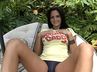 Big Tits Round Asses proudly presents to you the always sexy Ava Addams. This babe is drop-dead gorgeous.