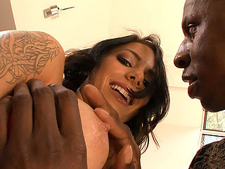 Welcome Monsters Of Cock lovers! Todays update feature Jon Jon and the exotic babe Juelz Ventura. This chick is smoking hot!