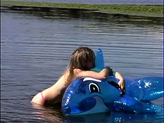 Naked teen girl playing in the lake : Valeria naked at the lake