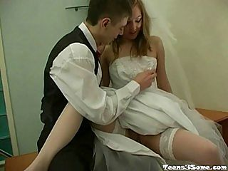 Teen Bangs 2 Guys : Hot Blonde Teen Hardcore