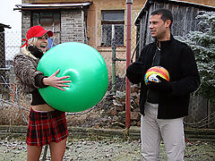 Lenka : Teenager trades a huge ball for some hard anal pounding