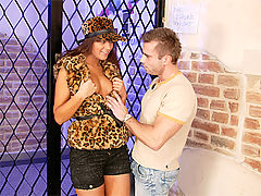 Defrancesca Gallardo : Sweetie fucking the horny doorman for a free entry inside