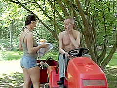 Cynthia and Paul : Dirty old senior seduces a brunette babe on his lawnmower