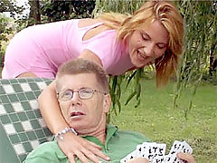 Valerie and Paul : Beauty tasting a senior his cock and fucks it wild outdoor