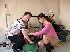 Bernadette and Dirk : Brunette beauty swallows a senior his thick load of sperm