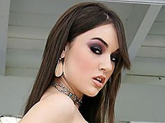 Sasha Grey takes deep anal fucking and gets facial