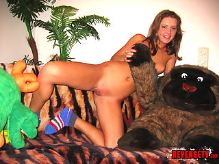 Smokin hot teen plays with dolls and her pussy for her boyfriend