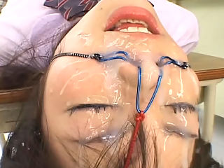 100 Shots of Bukkake : Riho Matsuoka gets 100 Shots of bukkake in a school uniform and tied up and has a ballgag in her mouth.